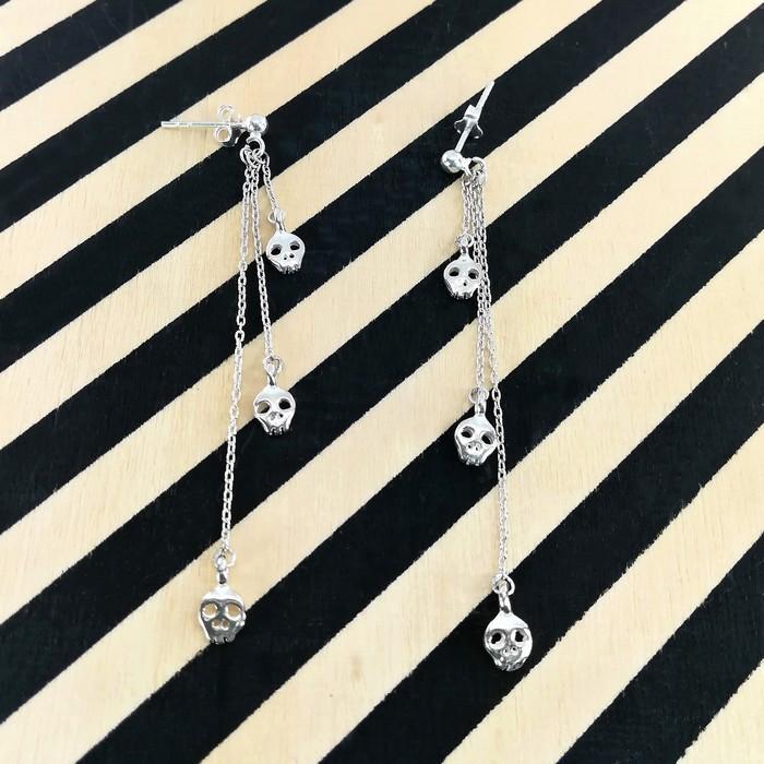 Bo pendantes tiny skulls 2 0 700