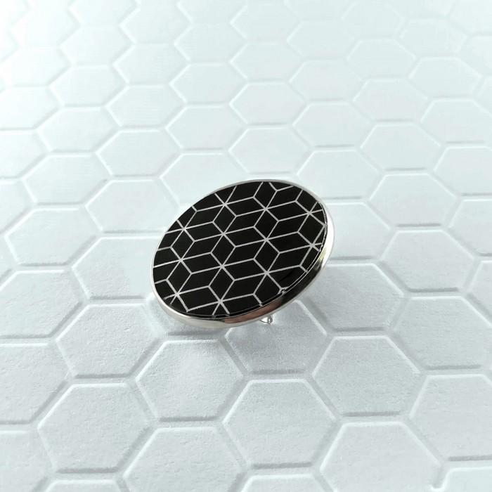 Broche badgi cubik noir 1 0 700
