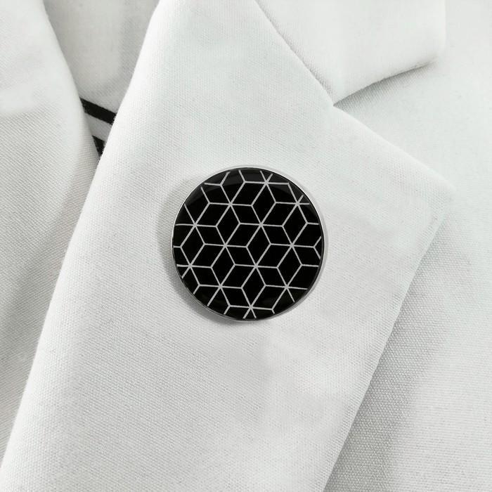 Broche badgi cubik noir 2 0 700