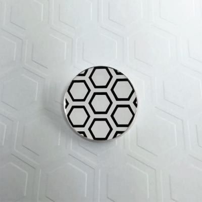 Brooch Hive white