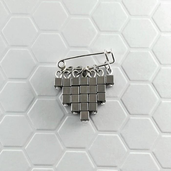 Epingle cubic acier 0 0 700