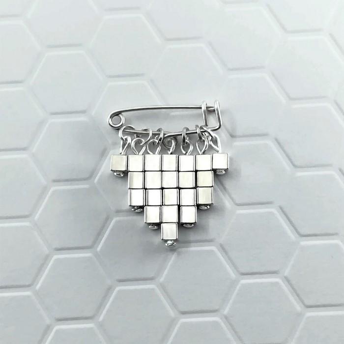 Epingle cubic argent 0 0 700