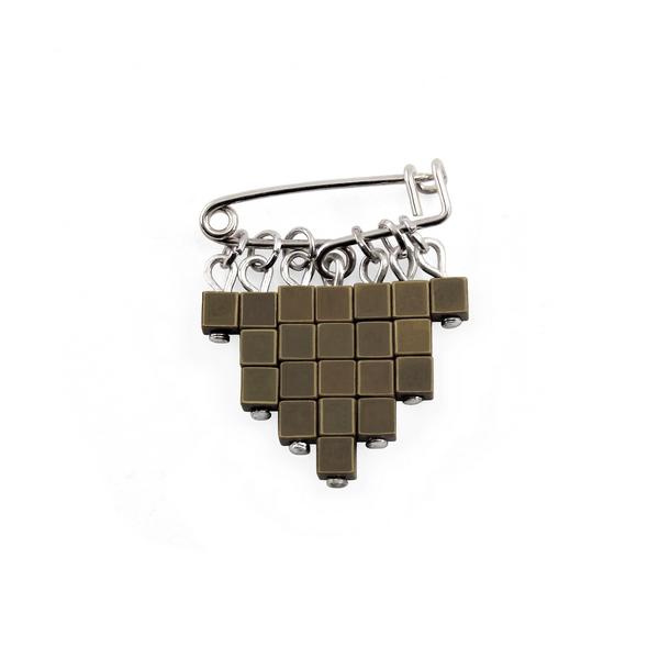 Epingle cubic bronze 1