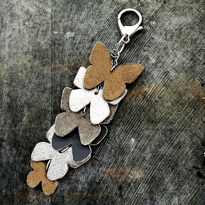 Grigri butterflies 0 0 700