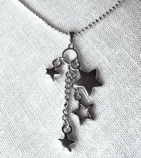 colliers et pendentifs