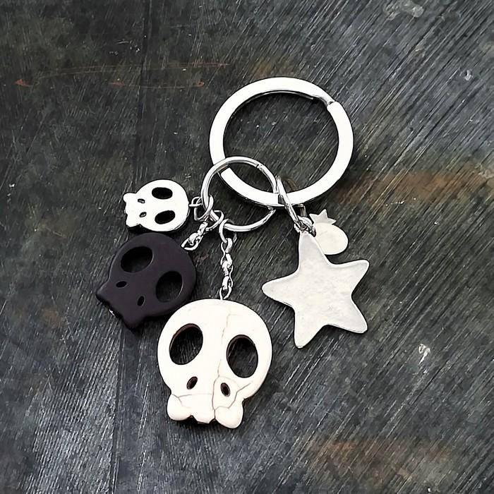 Porte cles skulli 0 0 700
